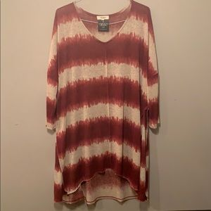 NWT Size 1XL Umgee Boutique Burgundy Cream Tunic